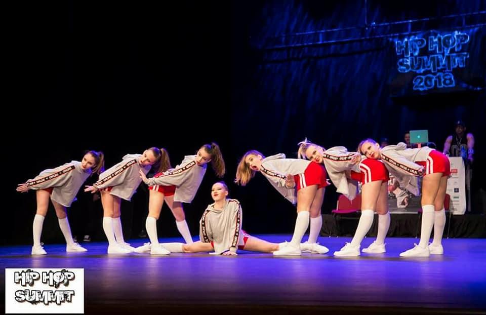 Live dance images 36
